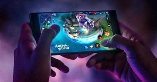 使用Razer Phone 2打游戏