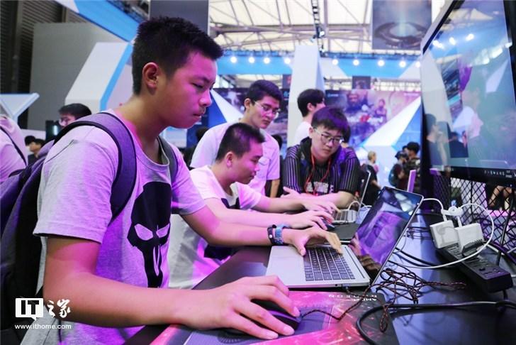"AMD 32核""线程撕裂者""处理器ChinaJoy首秀"